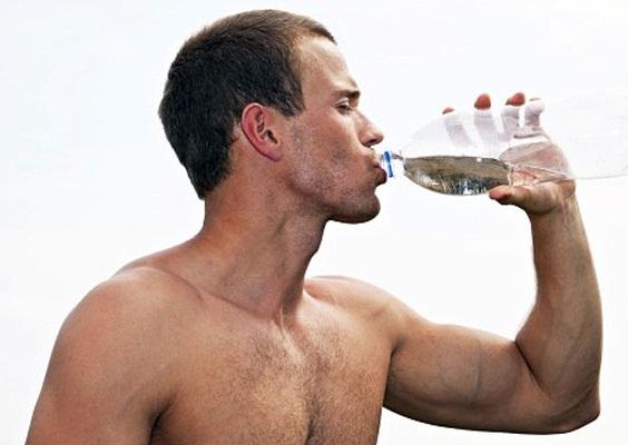 Прием жидкости во время тренировки